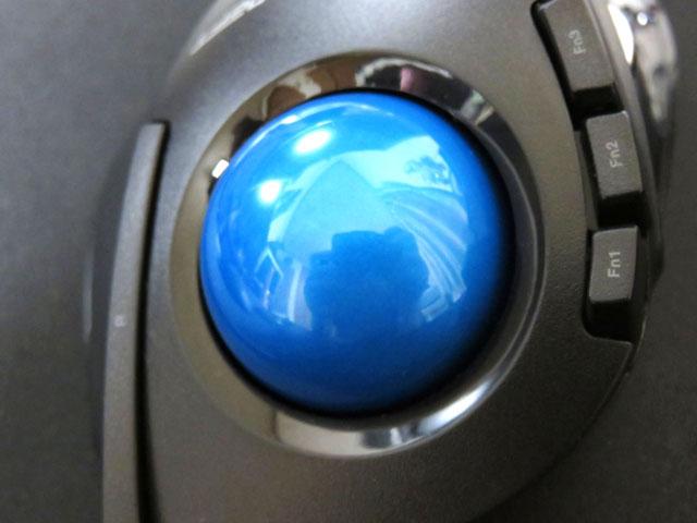 トラックボール ELECOM M-DT1DRBKのボールを換装する!