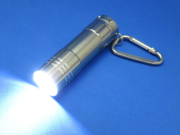 LEDハンディライト