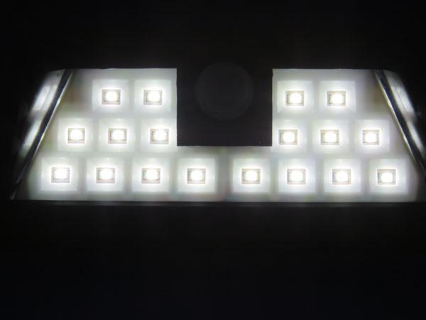 Patech 24 LED ソーラーライト センサーモード