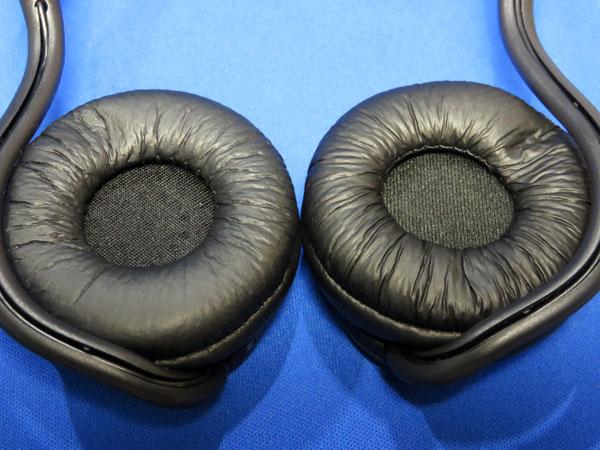 AUKEY Bluetoothヘッドホン 耳掛け式 EP-B26