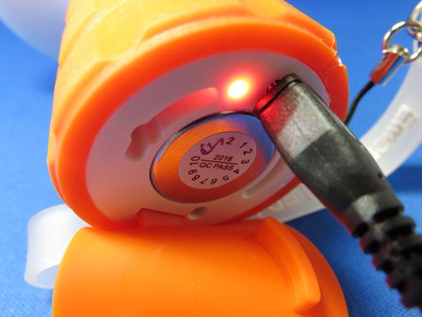 LED懐中電灯 マグネット付き USB充電 オレンジ