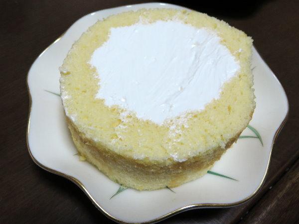 妻がロールケーキを作る!