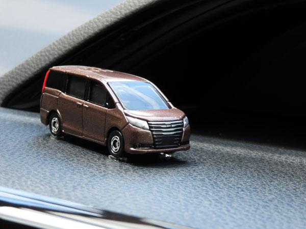 【トミカ】No.35 トヨタ ノアを購入する!