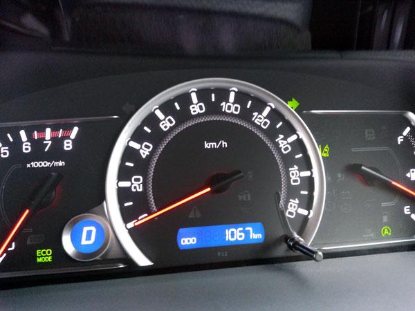 愛車ノアの走行距離が1,000kmを超えたのでオイル交換をする!