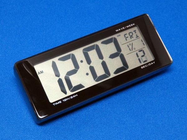 愛車ノアに電波式デジタル時計を設置してみる!